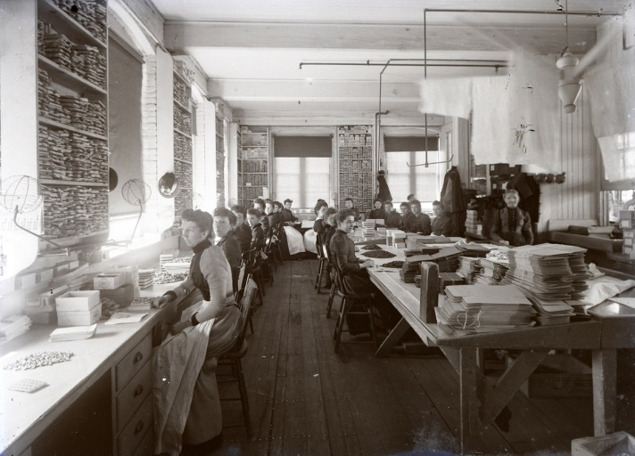 Women working in a factory, early photos from Ipswich Massachusetts