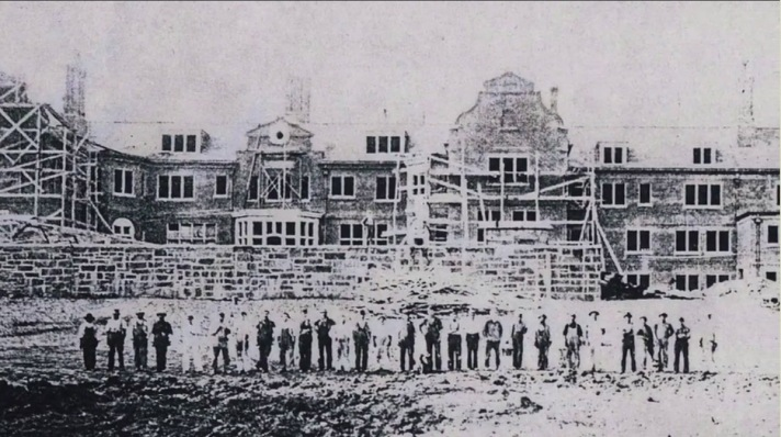 Construction on the Turner Hill mansion-house began in 1900