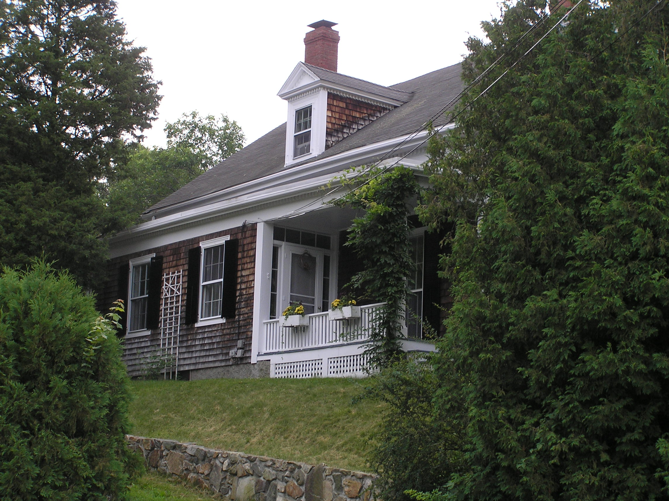 6 Agawam Avenue, the Augustine Carey - Captain John Hobbs house