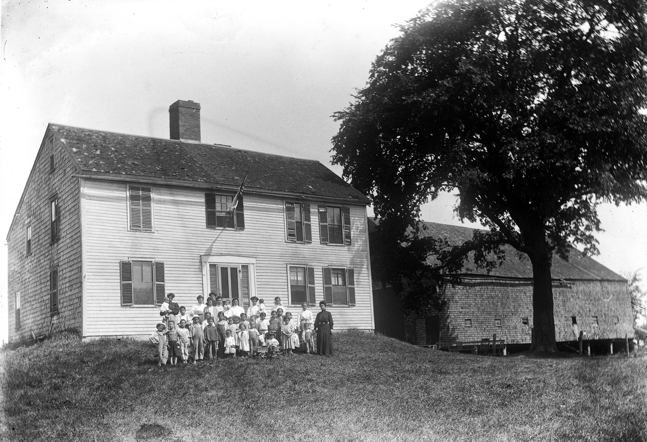 Mitchell family at the Mitchell house, Ipswich MA