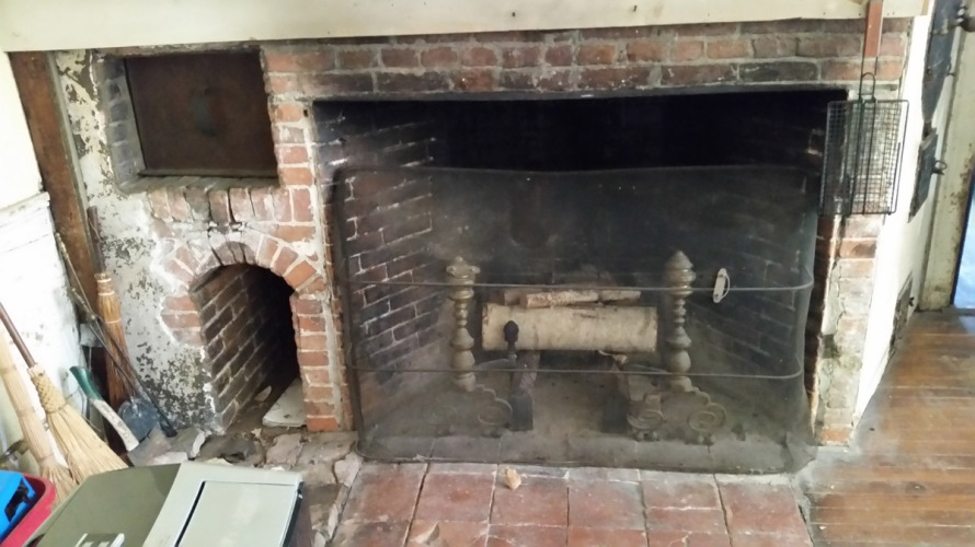 Kitchen fireplace in the Thomas Manning House