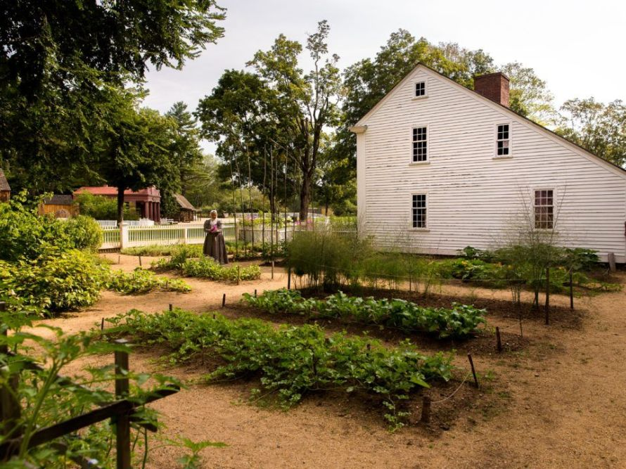parsonage-garden-old-sturbridge-village