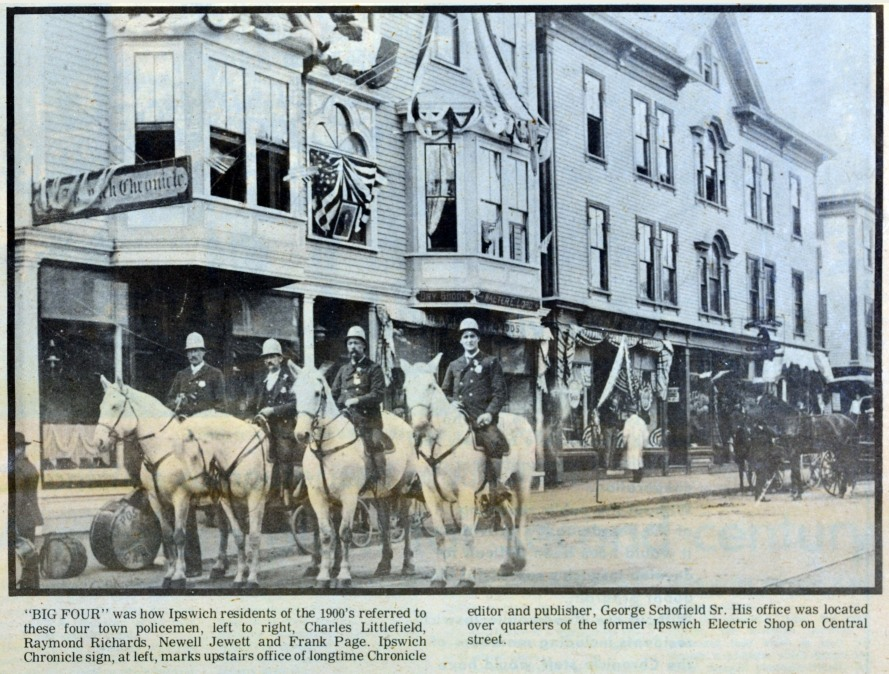central-st-police-horses