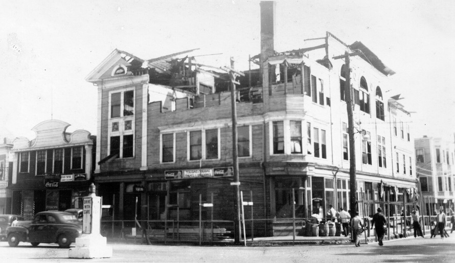 damon-bldg-burned-1946