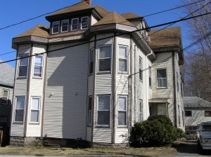 The Hayes house in Ipswich was moved from Central St. to Mount Pleasant Street