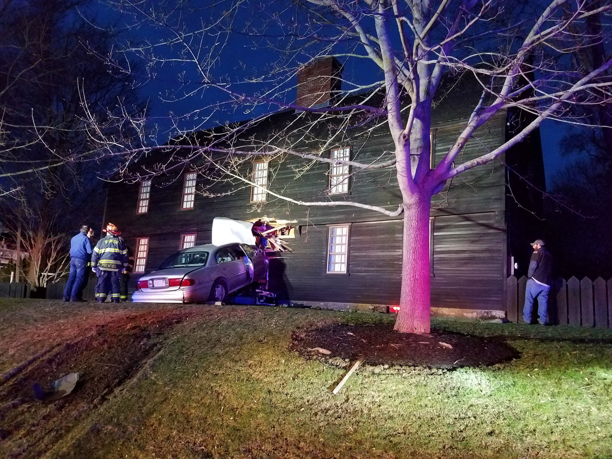 Automobile crashes into the First Period Howard House on Turkey Shore Road in Ipswich