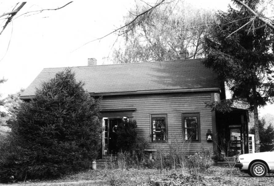 "290 Linebrook Rd., the ""Small House"""