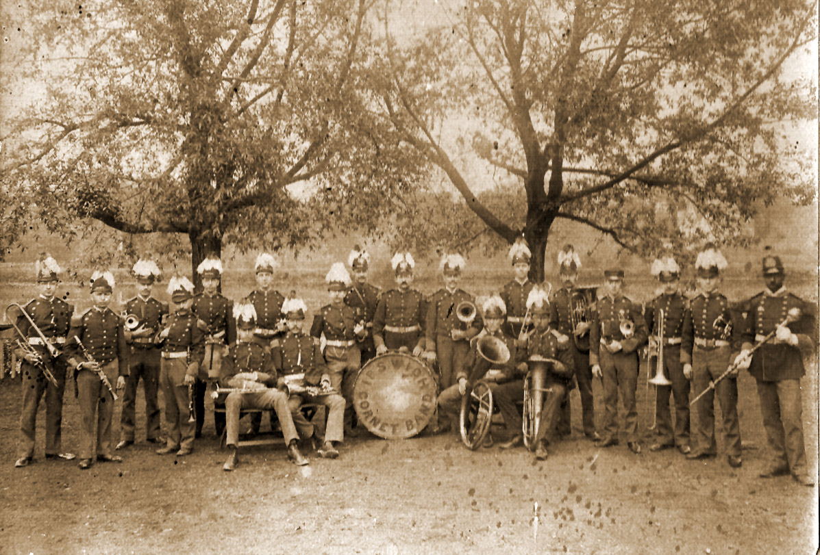 The Ipswich Cornet Band. The drummer is Charles Glasier, and to his left with the horn under his arm is Chester W. Blamford. Photo courtesy of Grace Joan Burns (Blamford)