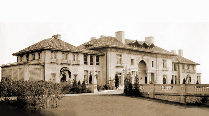 The first castle on the Crane Estate in Ipswich was an Italianate design