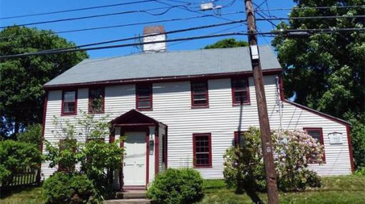 Theophilus Foot House, 272 Main St. Amesbury MA c 1692.