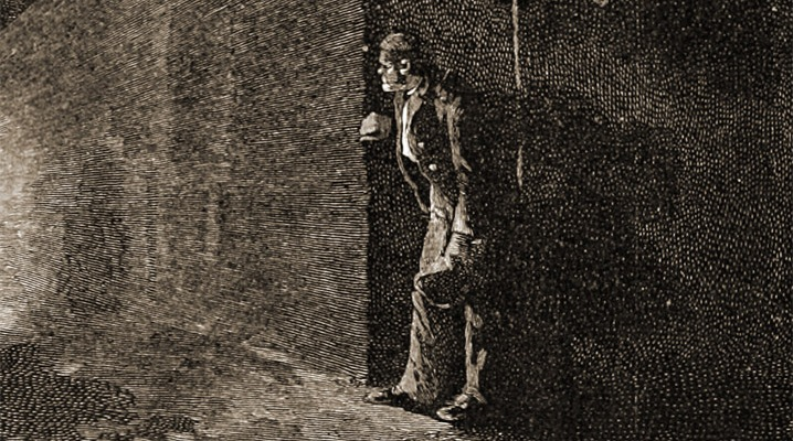 Prisoner escaping colonial jail