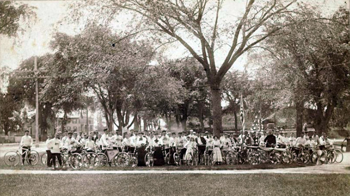 Cyclists at Bartlet Mall in Newburyport