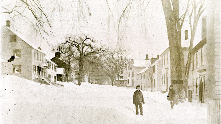 Snow on High Street in the 1800s