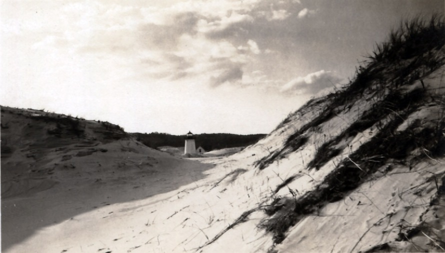 The Ipswich lighthouse and dunes
