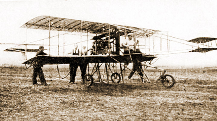 Taking to the air in Ipswich, 1910-11